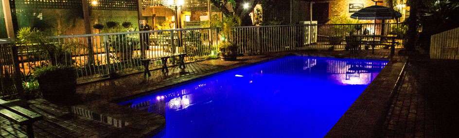 Come and relax in our wonderful in-ground pool at Old Willyama Motor Inn